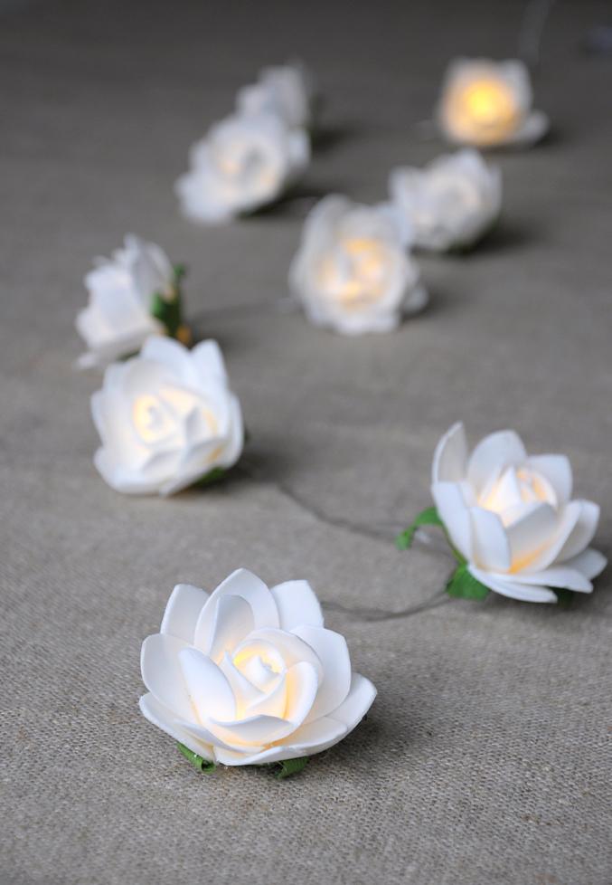 String Of 9 White Rose Led Lights