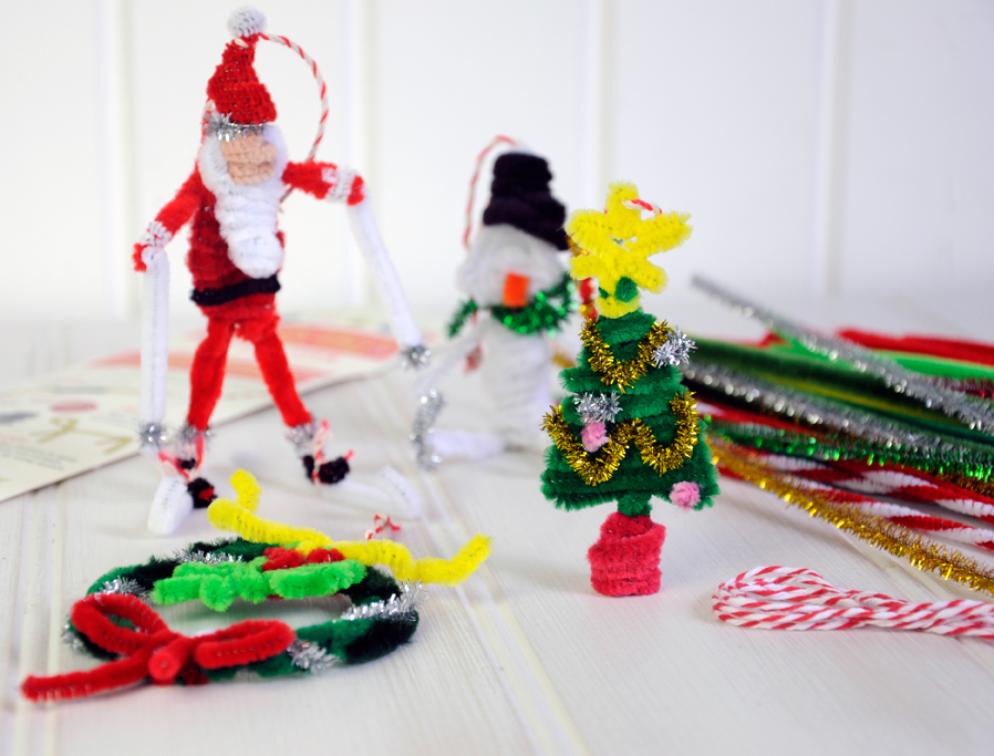 MAKE YOUR OWN PIPE CLEANER CHRISTMAS DECORATIONS CRAFT KIT