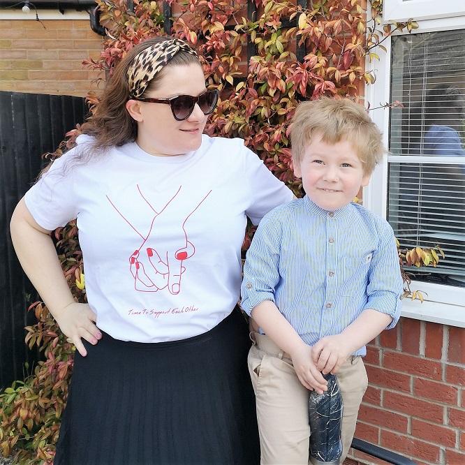 Frenchie Mummy and baba