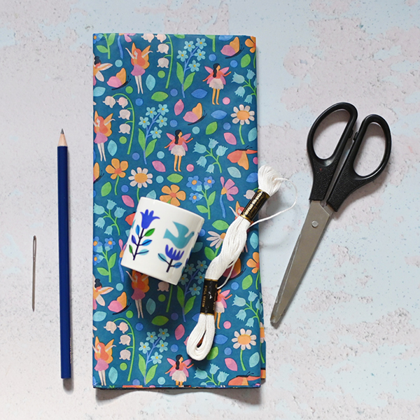 Tissue paper pom-pom tools