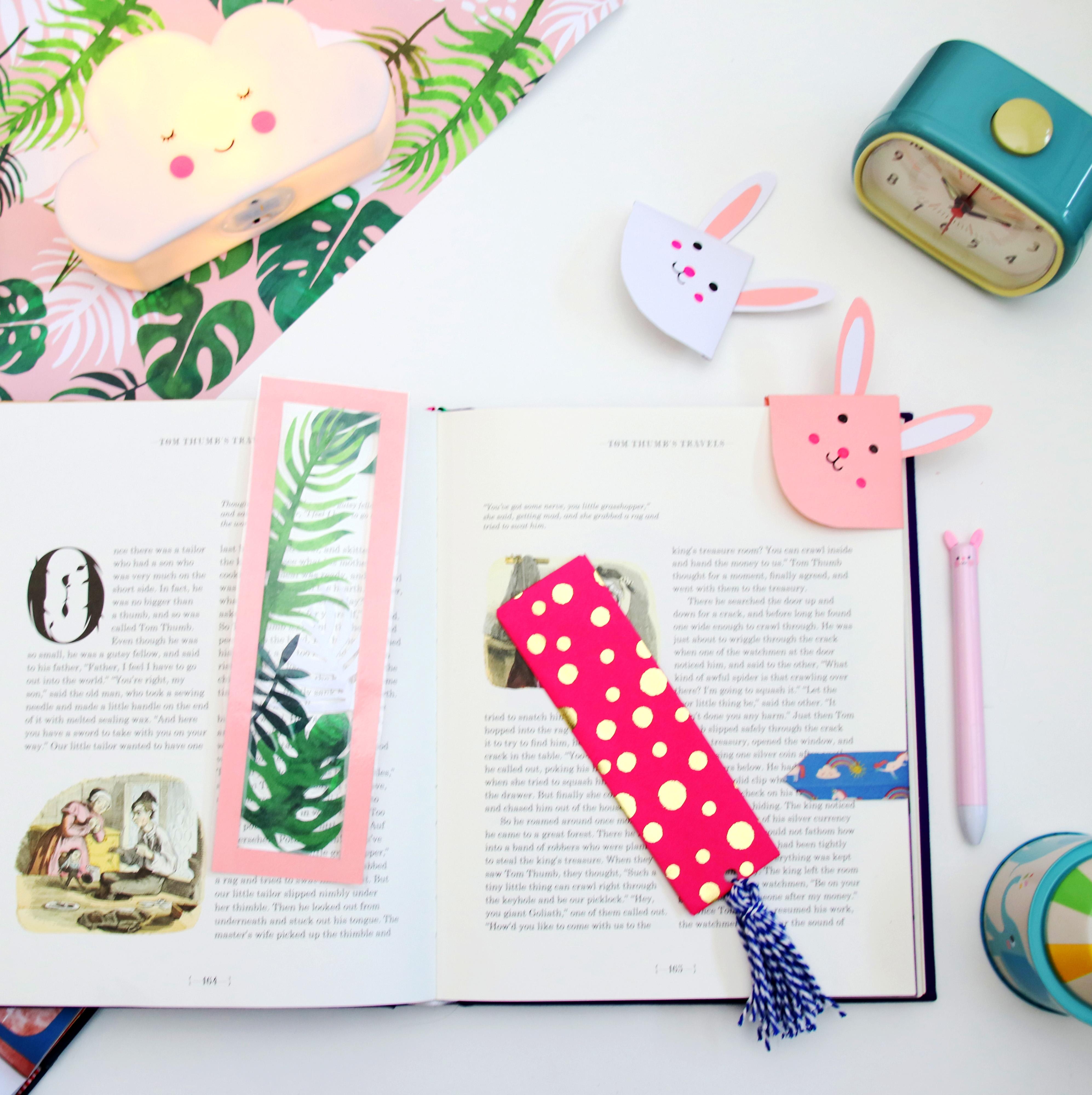 Easy Paper Bunny Bookmark Corner (BONUS VIDEO) - YouTube   4000x3988