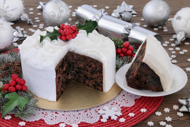 christmas fruit cake with icing