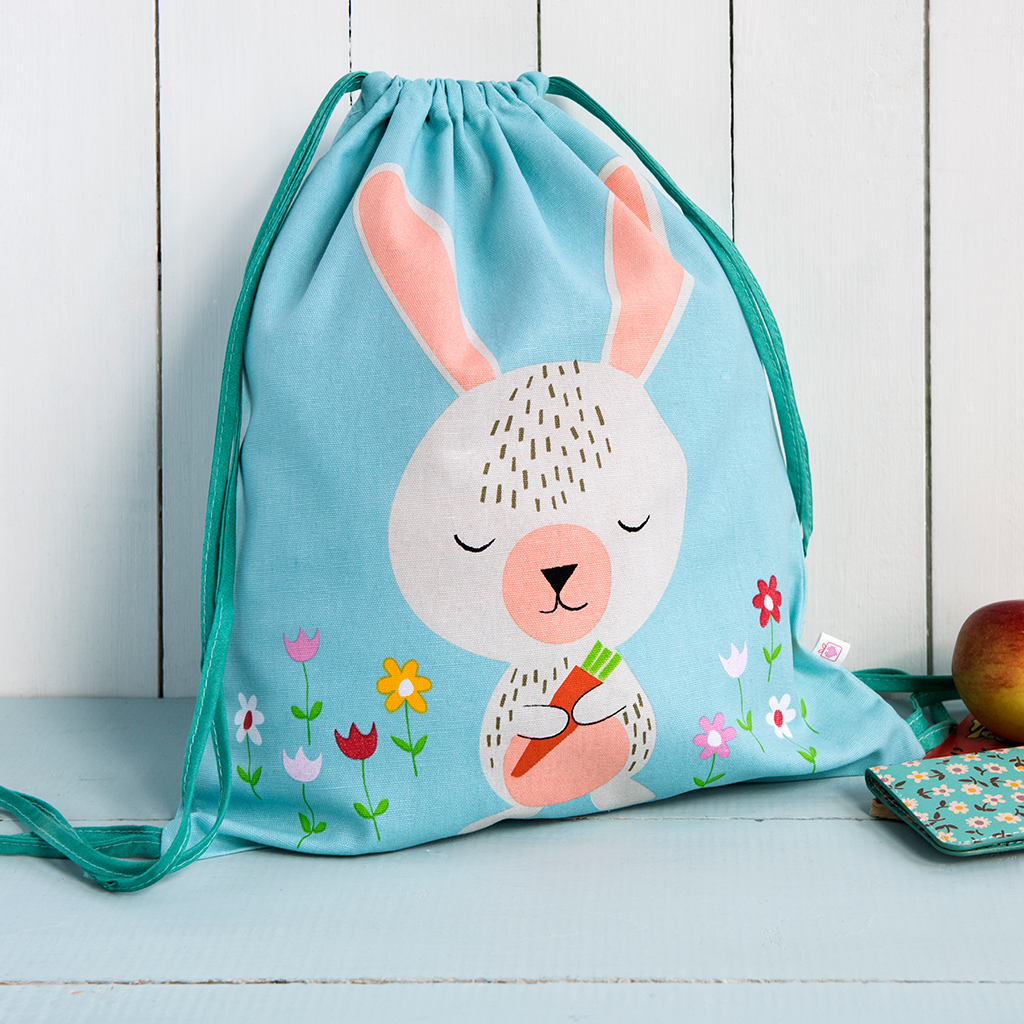 Daisy The Rabbit Drawstring Bag   dotcomgiftshop