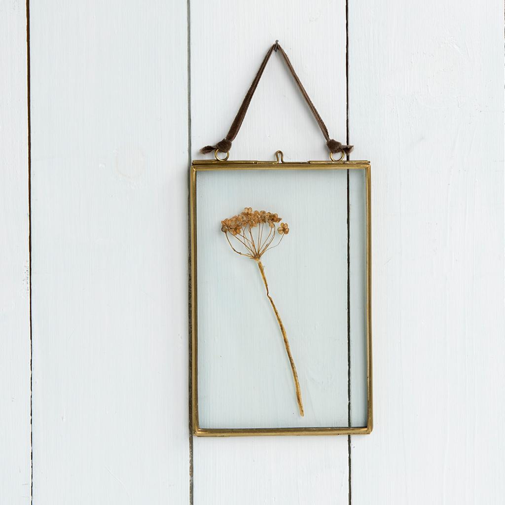Bilderrahmen Zum Aufhängen Aus Glas Und Messing 15x10cm | Rex London ...