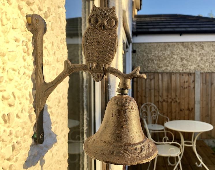 cast iron owl garden bell