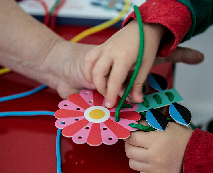 Learn to Stitch activity kit