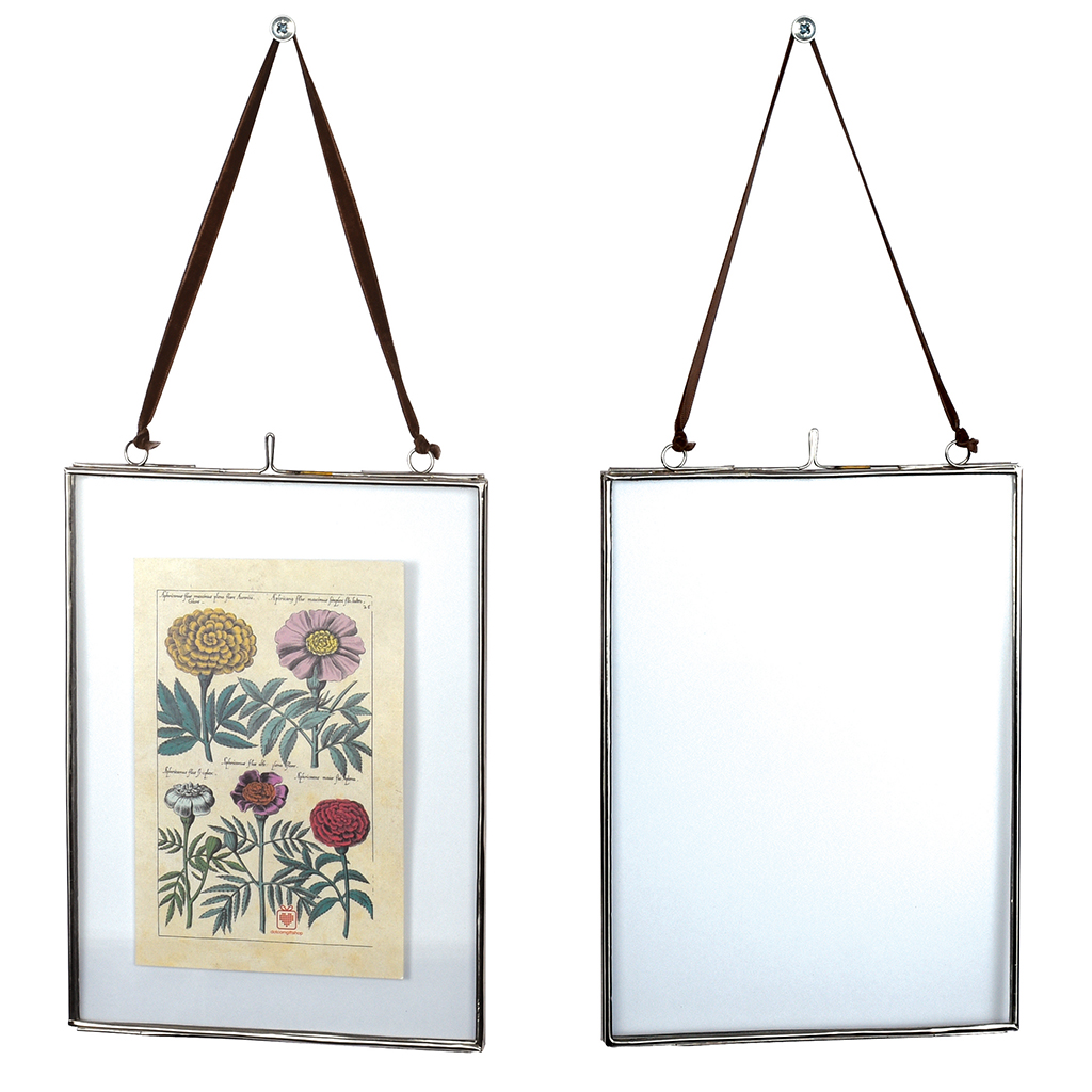 glass hanging frame in silver 15x20cm dotcomgiftshop
