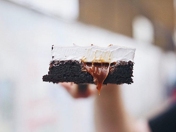 gooey-chocolate-caramel-brownies