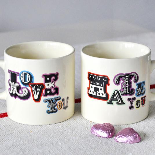 Billboard Font Love/hate Mug