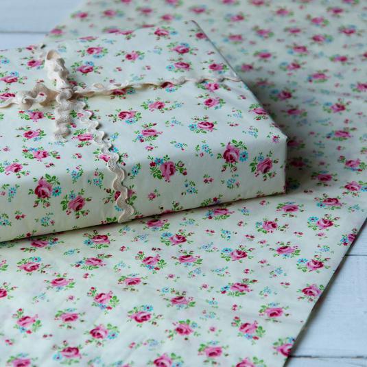 Pack Of 10 La Petite Rose Tissue Paper