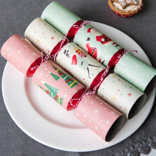 Festive Family Xmas Table Crackers