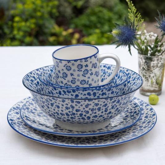 Blue Daisy Design Porcelain Tableware