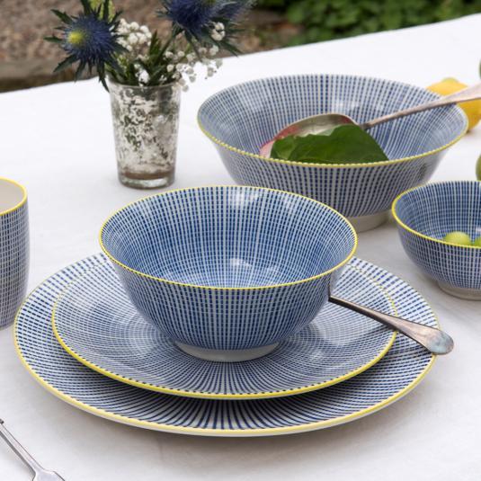 Blue Graphic Dash Dinner Set
