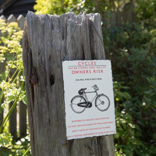 Retro Bicycle Metal Sign