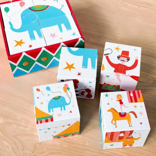 Set of 4 puzzle blocks with circus characters