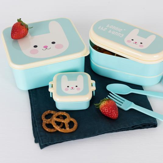 Bonnie the Bunny lunch accessories