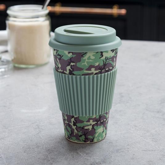 Camouflage bamboo travel mug with lid and heat protection sleeve