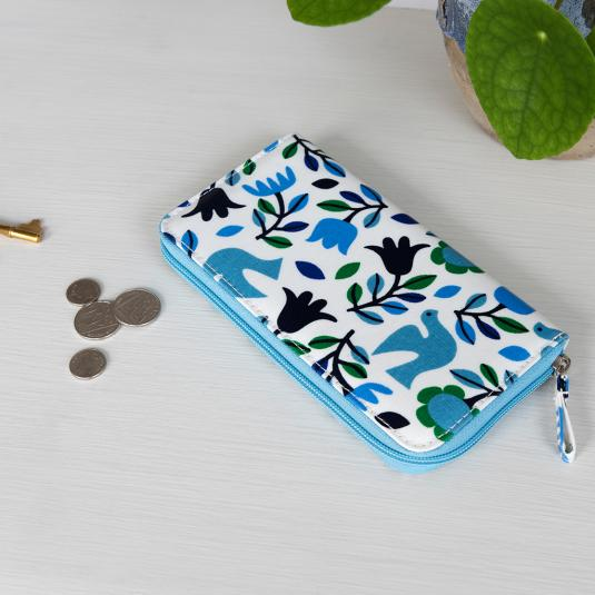Folk Doves zipped wallet with internal compartments