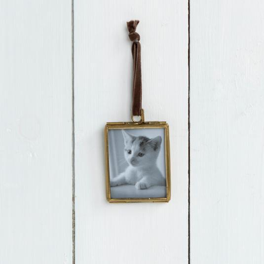 Glass Hanging Brass Frame 5.5x4.5cm