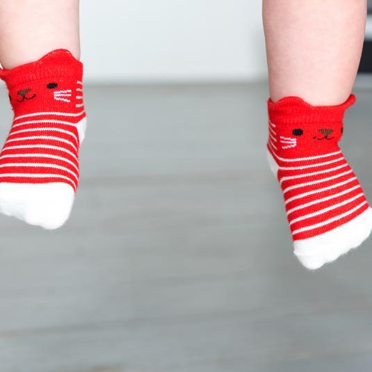 4 pairs of baby socks