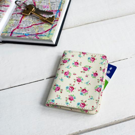 La Petite Rose Travel Card Holder