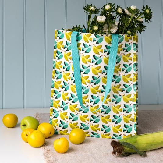 Recycled plastic shopping bag with Love Birds print