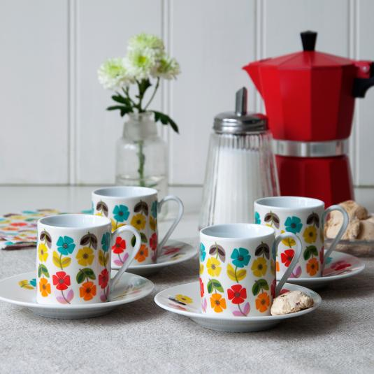 Set Of 4 Mid Century Poppy Espresso Cups And Saucers