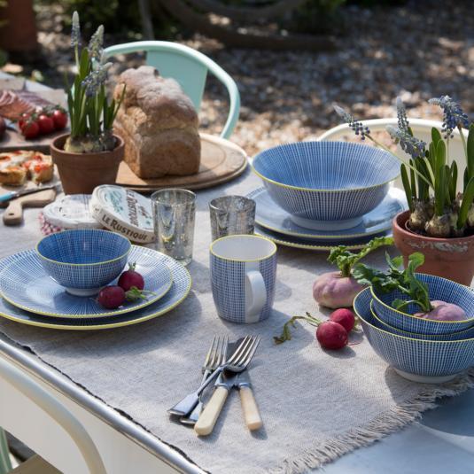 Blue Graphic Dash Porcelain Tableware