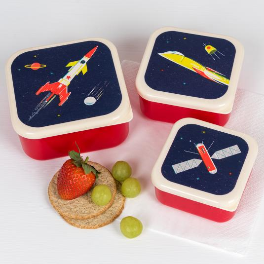 BPA free plastic nesting snack boxes with space rocket design (set of 3)
