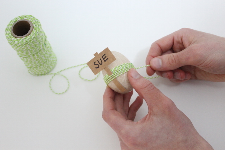 DIY Easter Egg Placecards - Step 7