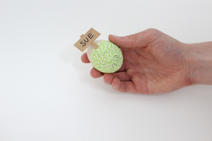 DIY Easter Egg Placecards - Step 8
